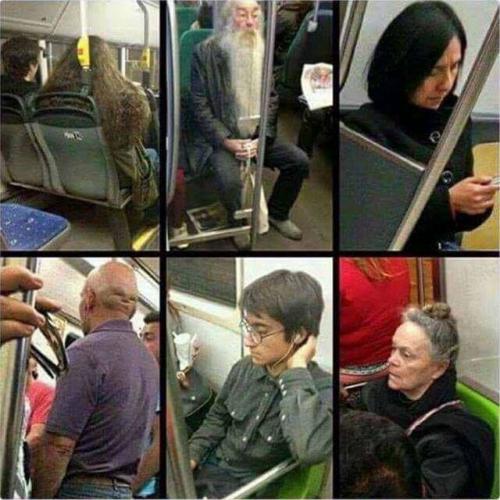 Kompletní Harry Potter skvadra v metru