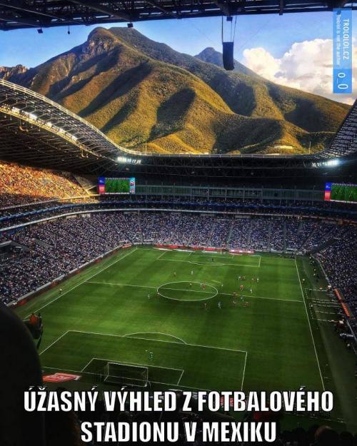 Fotbalový stadion v Mexiku