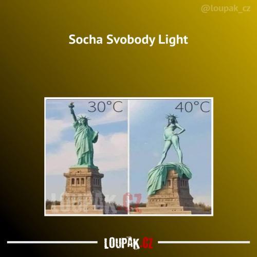 Trošku jiná verze slavné sochy
