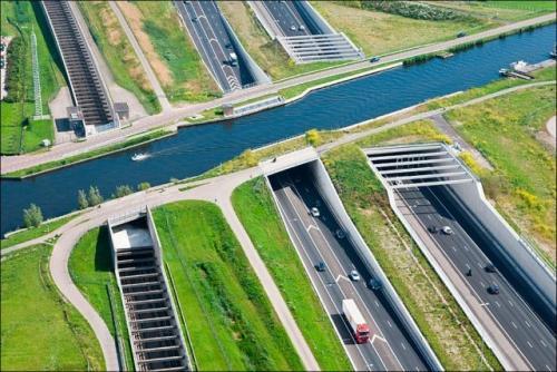 Vodní most