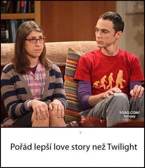 Sheldon si našel holku!