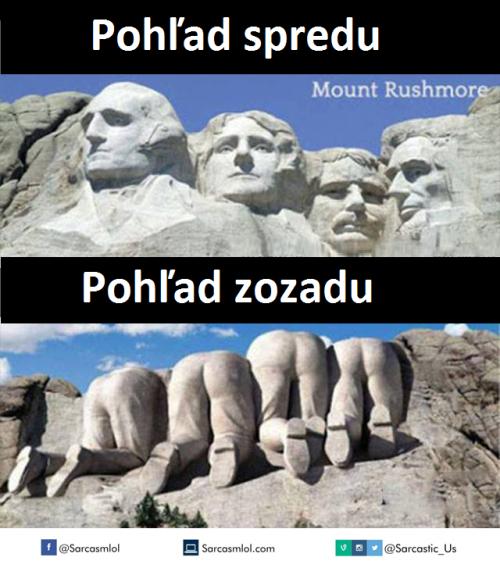 Pohledy na sochy zepředu a zezadu
