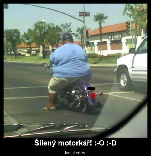 Šílený motorkář