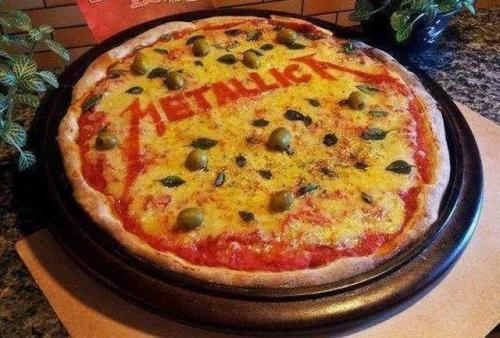 Metallica pizza