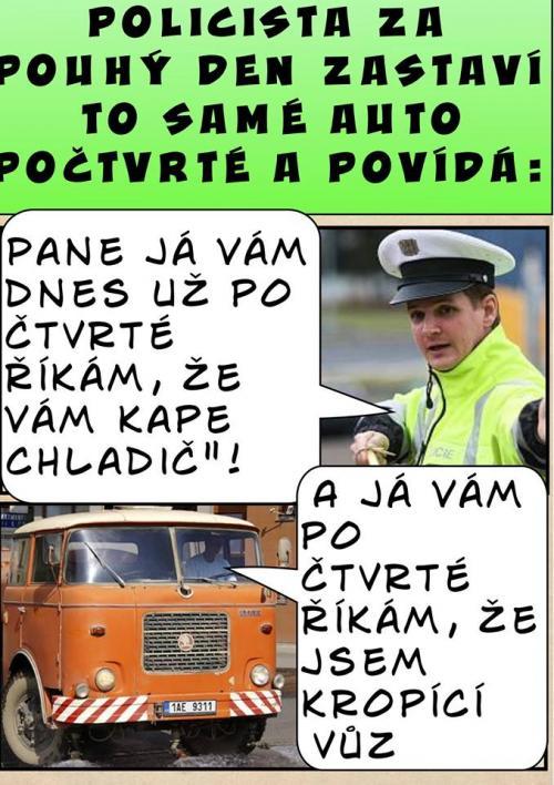 Policajt a kropicí vůz
