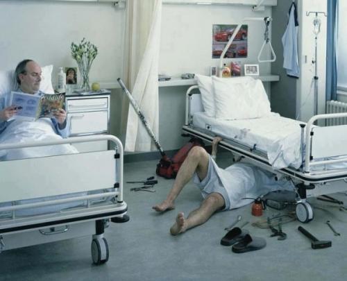 Automechanik v nemocnici
