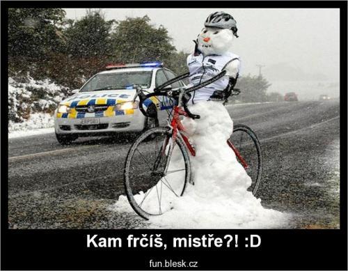 Neosvětlený bicykl, to bude za 500! :D