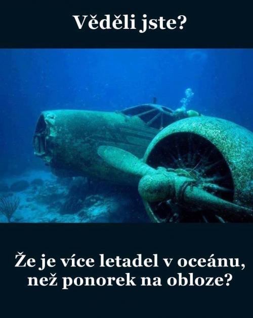 Letadla v oceánu