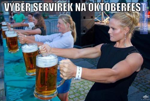 Výběr servírek na Oktoberfest