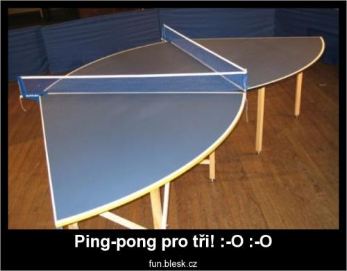 Ping-pong pro tři