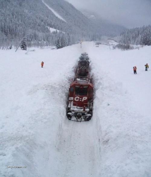 zeleznice v zime