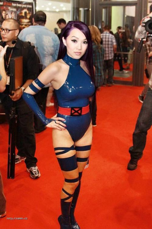 X ComicCon 2011 1