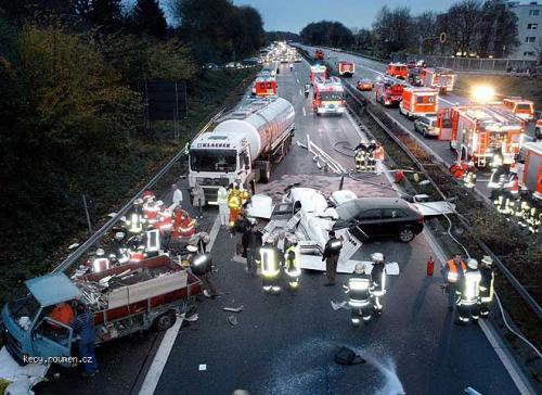 617bizarre crash 005