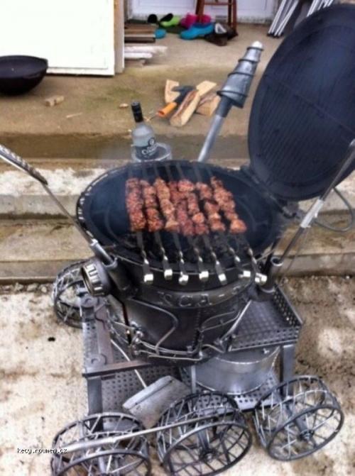 Moonwalker Barbecue