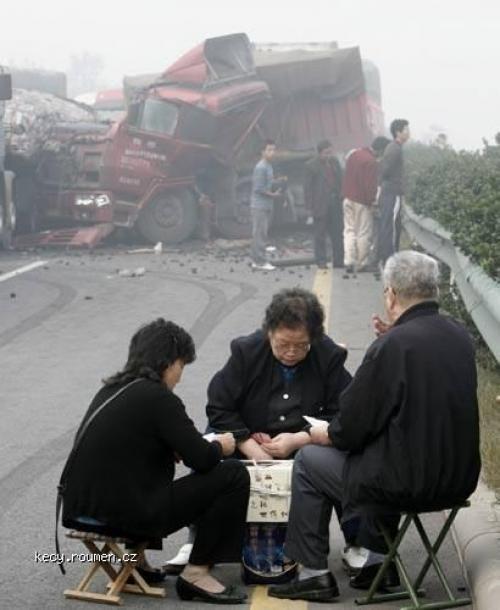 pricina nehody