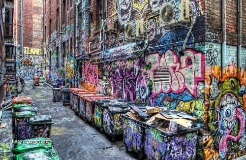 X Graffiti Alley in Melbourne