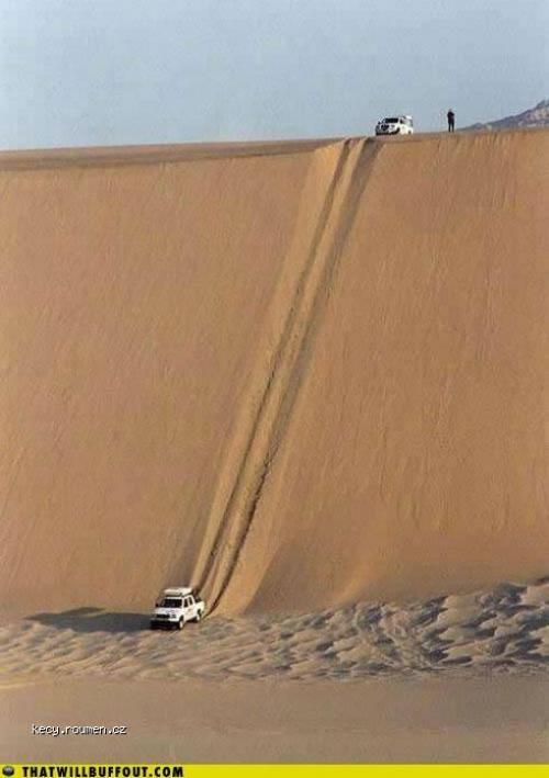 auta a pisecna duna