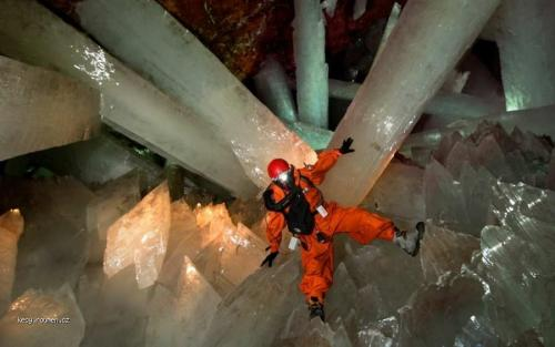 Cave of Crystals 3c