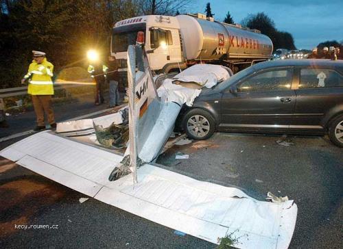 617bizarre crash 003