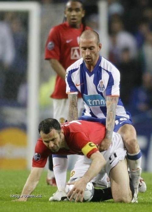 fotbalova momentka