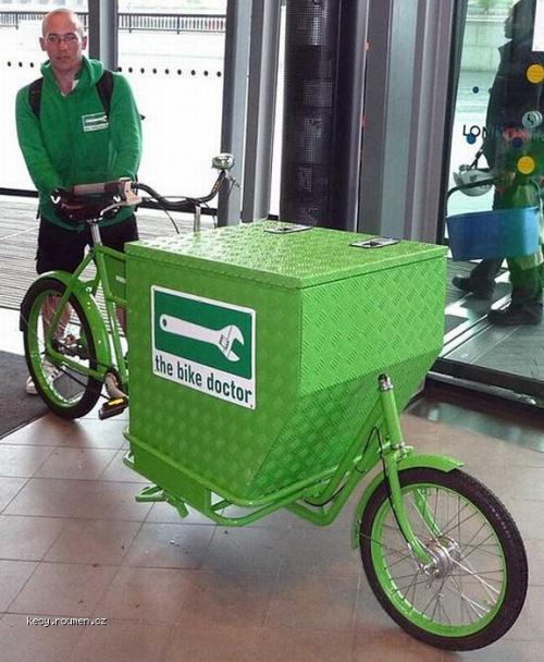 cyklisticky servisak