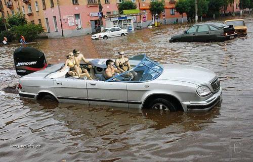 vodni automobil