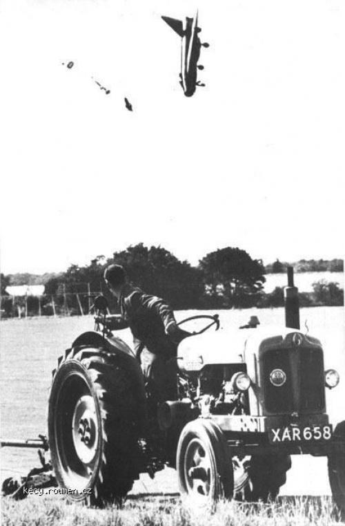 jet crash into a field