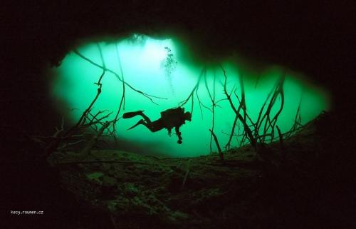 Cave Diving 2