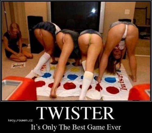 twister je super hra aj ked sa len pozeras