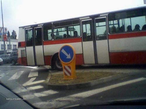 Kdyz autobusak nevi kudy kam 2