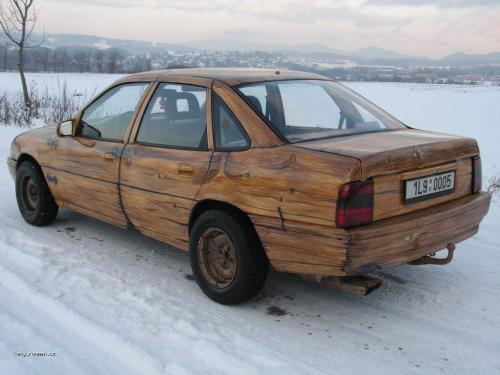 drevene auto