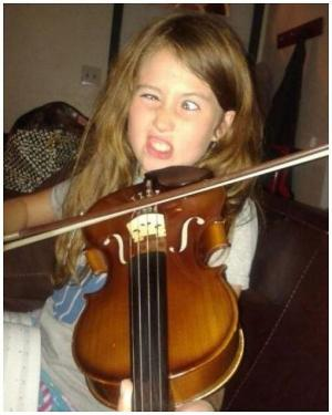Nesnáším housle