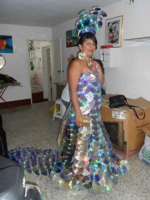 CD šaty