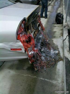 Rozteklé auto
