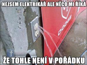 Volat elektrikáře nebo instalatéra?