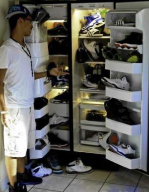 Boty v ledničce
