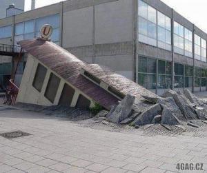 Zvláštní budova