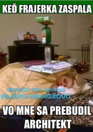Když přítelkyně usnula