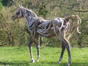 Koň z dreva
