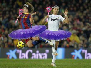 Holčičky hrají fotbal