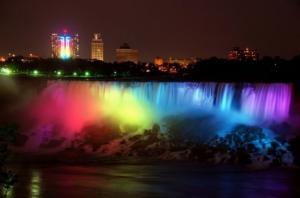 Osvětlené vodopády