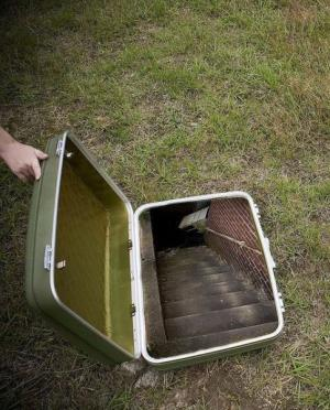 Kufr vs. schody