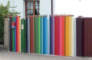 Brána z pastelek