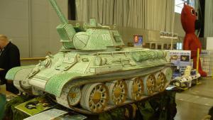 Když tank, tak už jen z papíru.