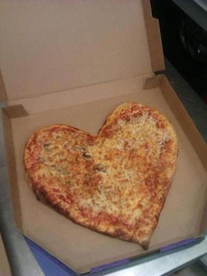 Srdcová pizza