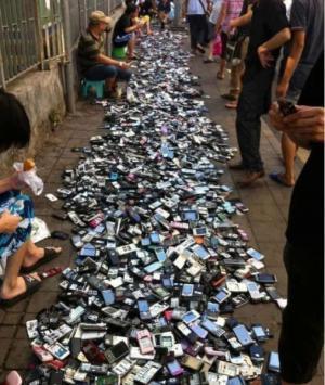 Hodně starých mobilů
