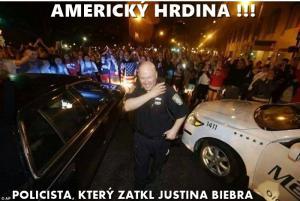 Policista hrdina