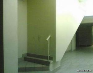 Zazděné schody