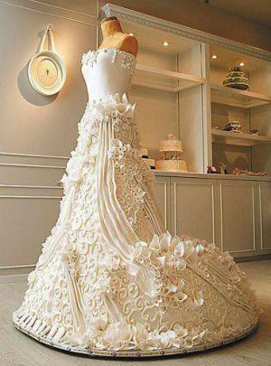 Svatební dort - svatební šaty