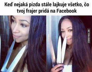 Když přítelkyně sleduje přítelův facebook